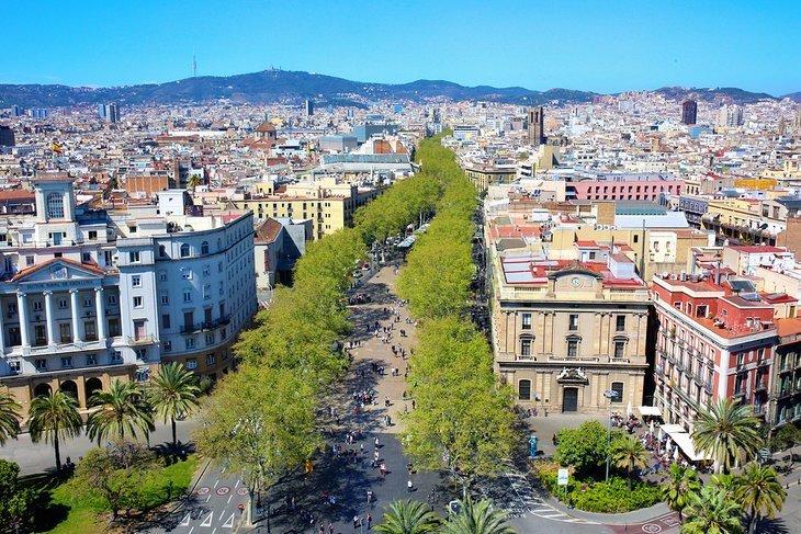 La Rambla: centrul social al Barcelonei