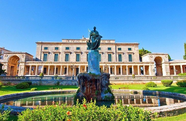 Palatul Regal: Muzeul de Artă Asiatică