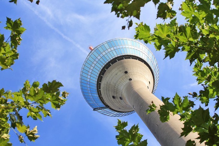 Turnul Rinului (Rheinturm)