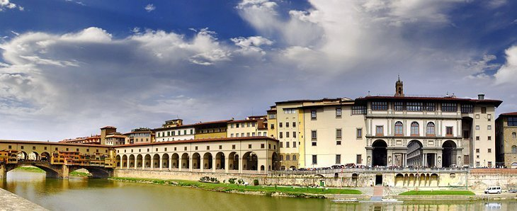 Palatul și Galeria Uffizi