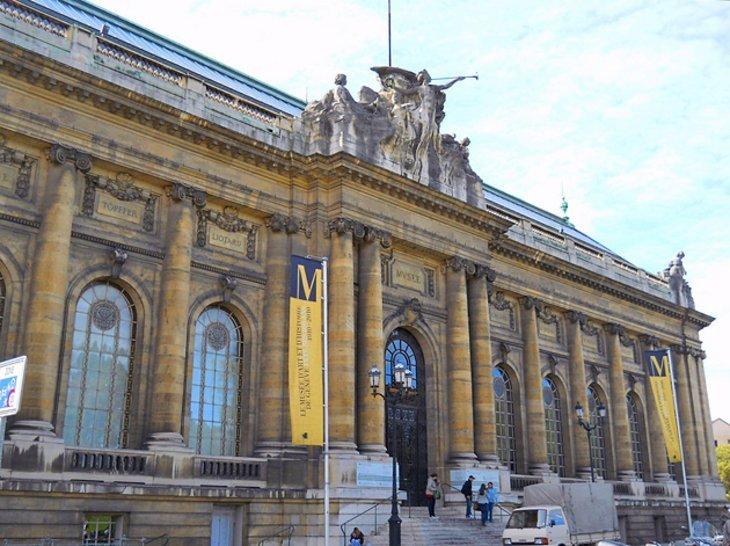 Musée d'Art et d'Histoire (Muzeul de Artă și Istorie)