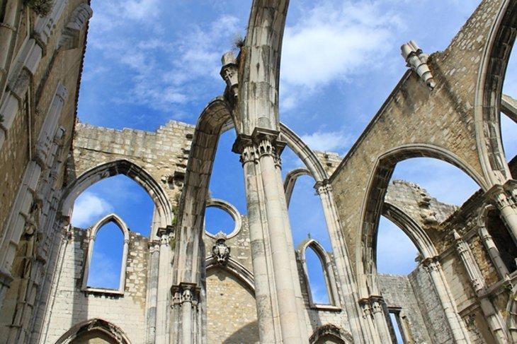 Igreja-do-Carmo-Una-dintre-cele-mai-vechi-biserici-ale-orasului