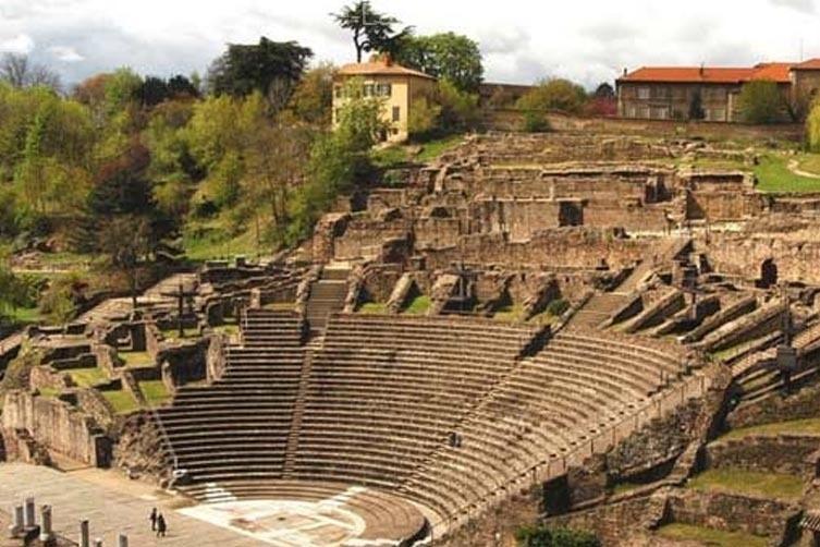 Muzeul de civilizație Gallo-Romaine (Muzeul de Arheologie)