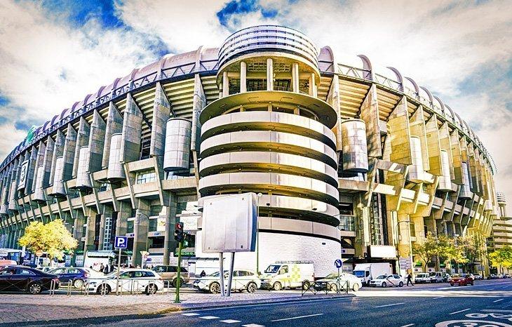Estadio Santiago Bernabéu: Stadionul Real Madrid