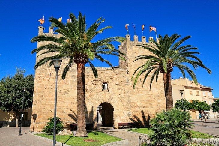 Orașul vechi al Alcudiei