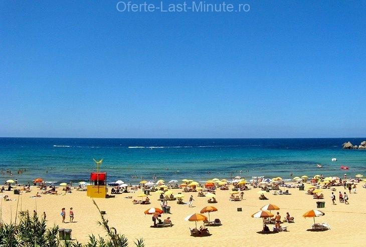 Golden Bay Beach, insula Maltei