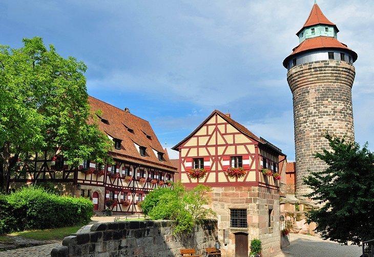 Faceți un tur al Castelului din Nürnberg