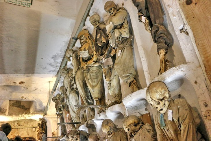 Catacombe dei Cappuccini (Catacombe Capucine)