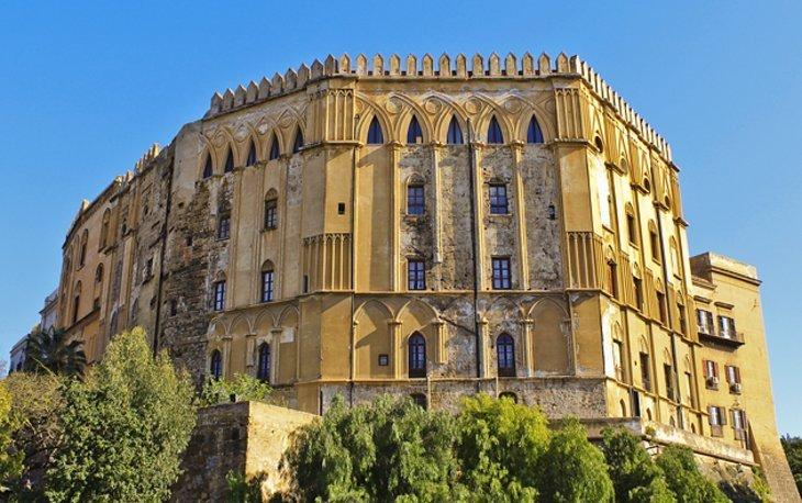 Palazzo dei Normanni (Palatul Norman)