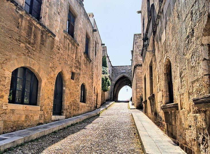 Strada Cavalerilor