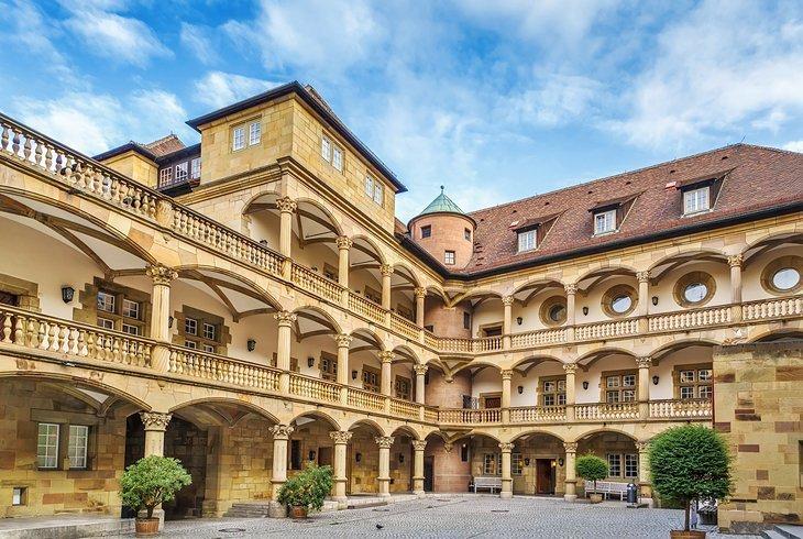 Altes Schloss și Landesmuseum