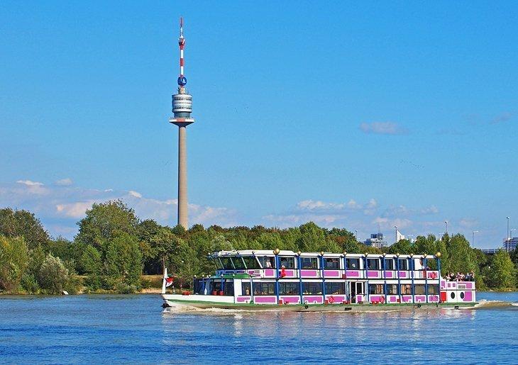 Donauturm (Turnul Dunării)