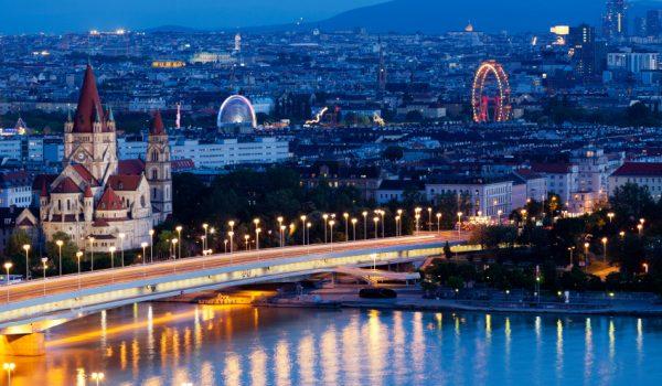 Oferta promotionala: City break Viena – de la 157 EUR/2 persoane (zbor, cazare + mic dejun inclus) – Ianuarie