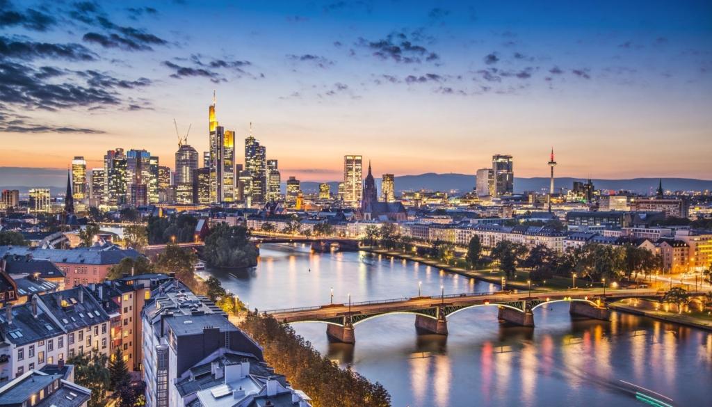 Vacanta Frankfurt – Mai – preturi de la 294 (zbor+cazare)