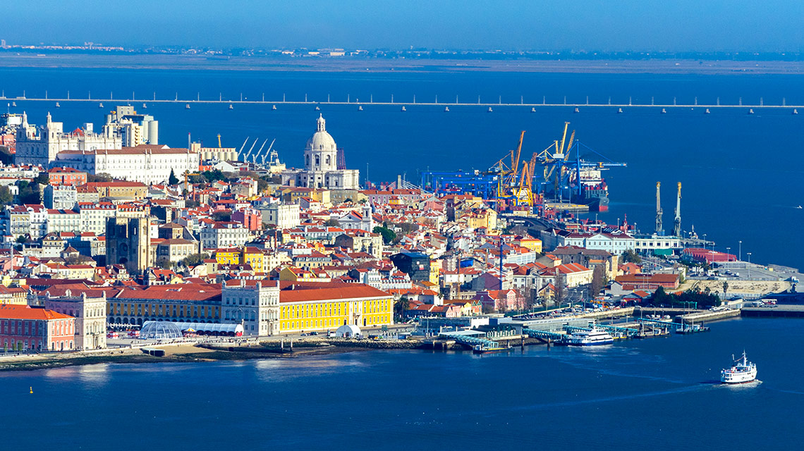 Zboruri Bucuresti – Lisabona, Portugalia – Octombrie 2021 – preturi de la 55 EUR (dus – intors)