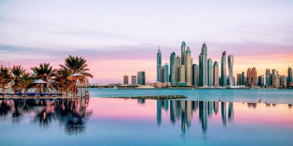 Super vacanta in Dubai, 3 nopti la hotel de 5 stele – 280 euro (zbor + cazare)