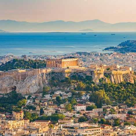 Zboruri ieftine spre Atena – de la 63 euro dus-intors