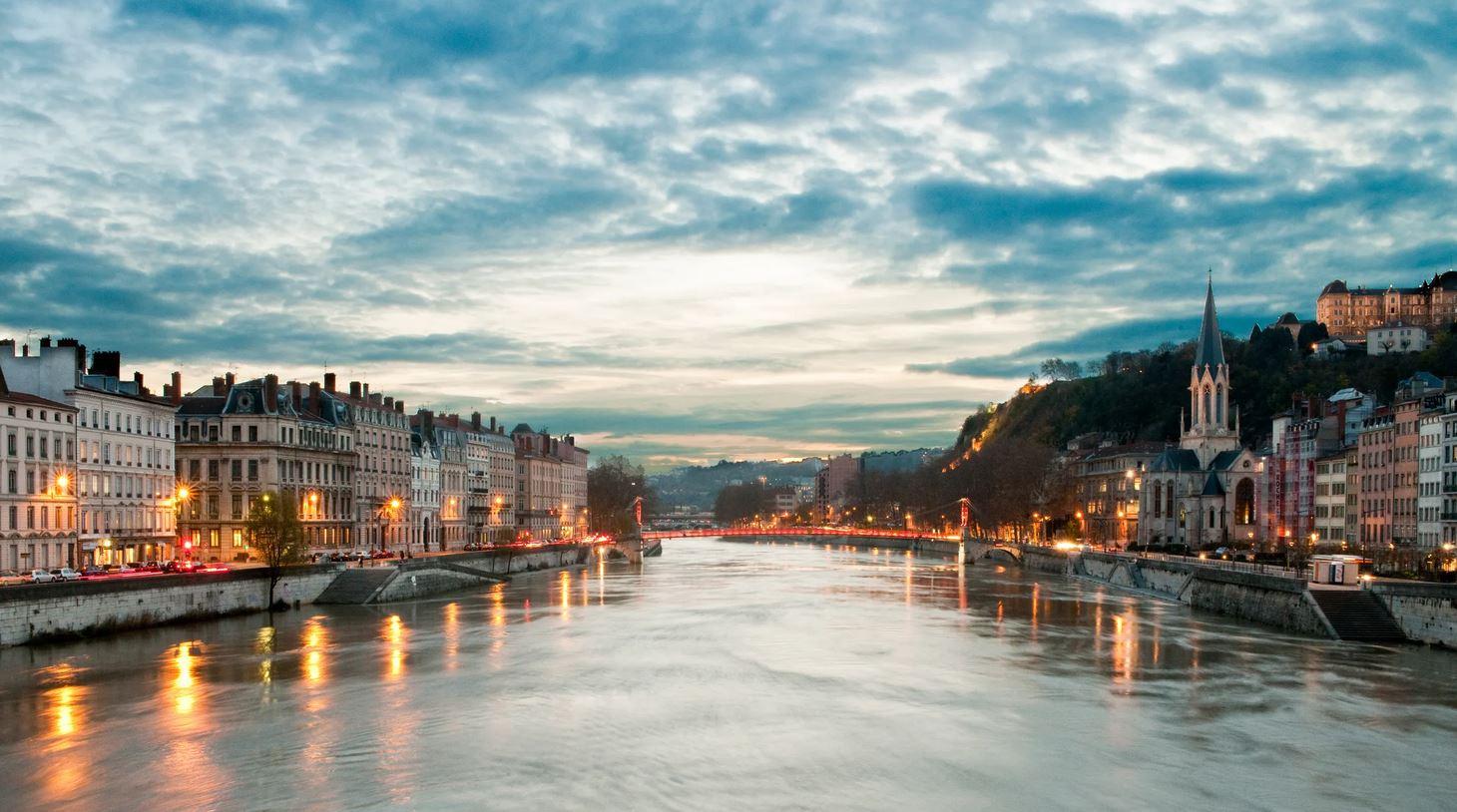 Vacanta in Lyon, Franta – incepand cu 127 euro – Octombrie 2021