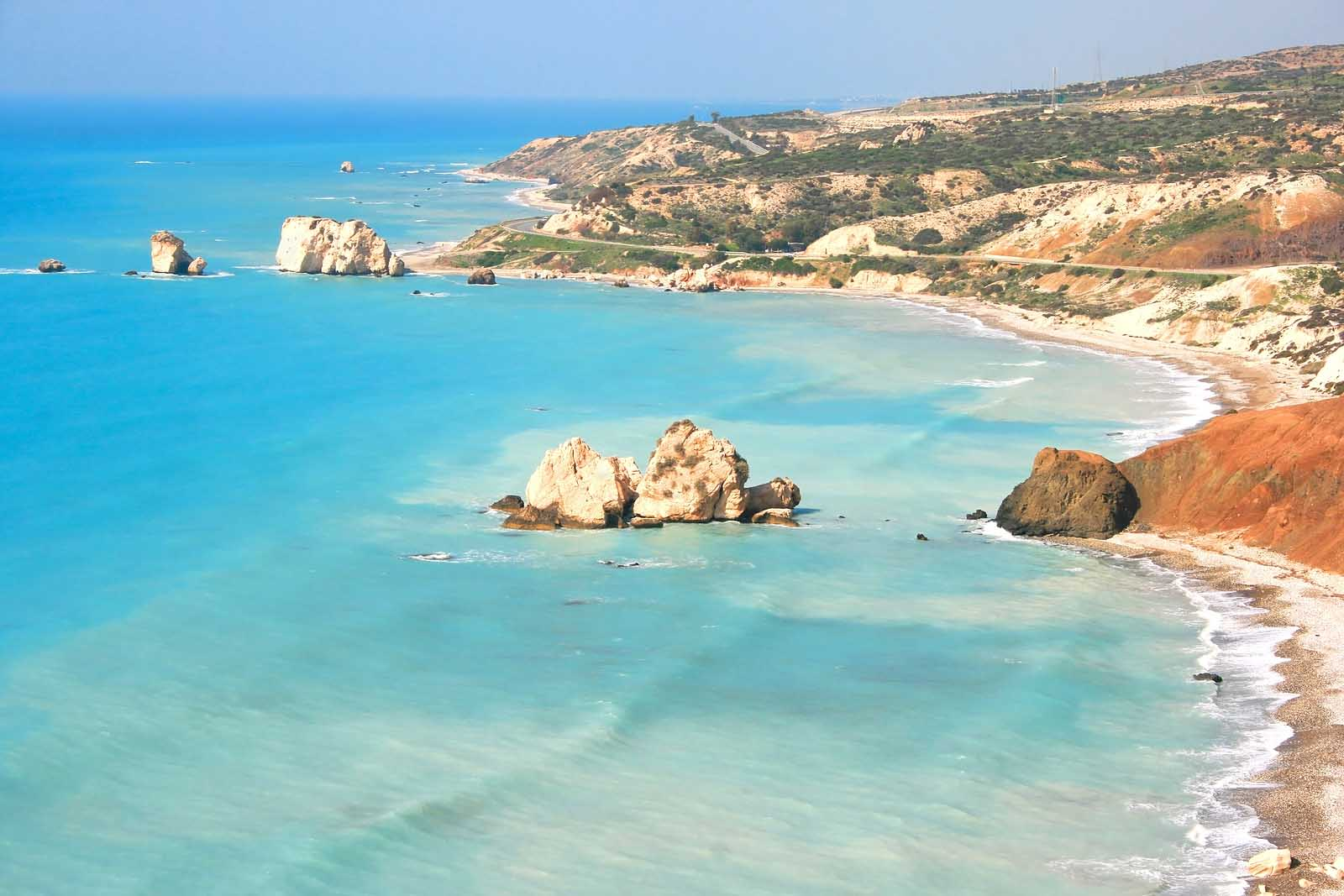 Zboruri ieftine in plin sezon Paphos, Cipru – de la 58 EUR dus-intors