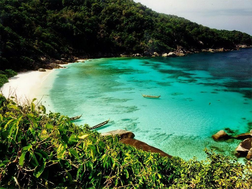 Thailanda intenționează să primească turiști vaccinați fără restricții.