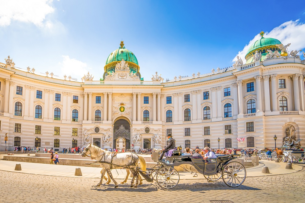 Vara! City break foarte ieftin in Viena imperariala! 75 euro (zbor si cazare 3 nopti)