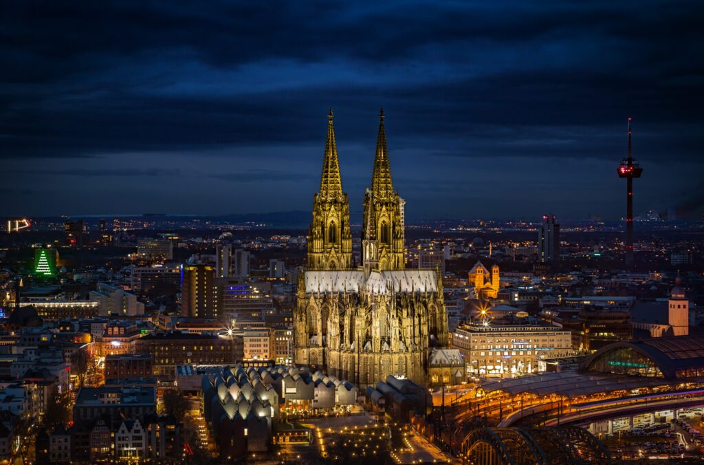 City break in Koln, Germania – 106 euro ( zbor si cazare 3 nopti) – Octombrie 2021