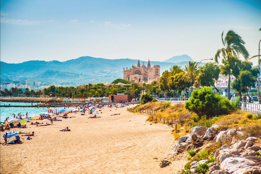 Vacanta in Palma de Mallorca, Spania in plin sezon! 196 euro ( zbor si cazare 5 nopti)