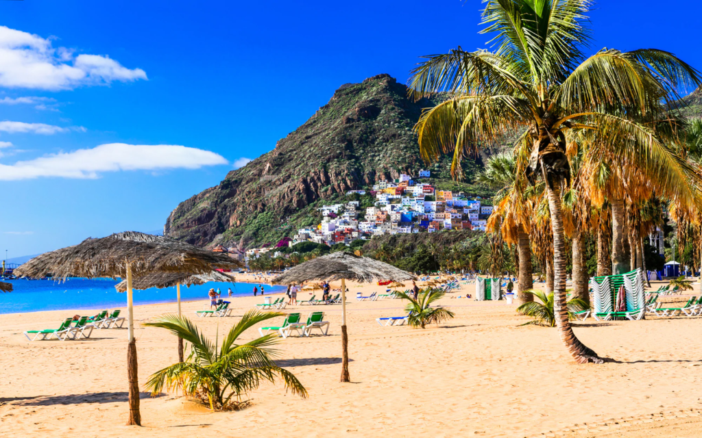 Super vacanta in Tenerife, Spania – 232 euro (zbor si cazare 7 nopti)