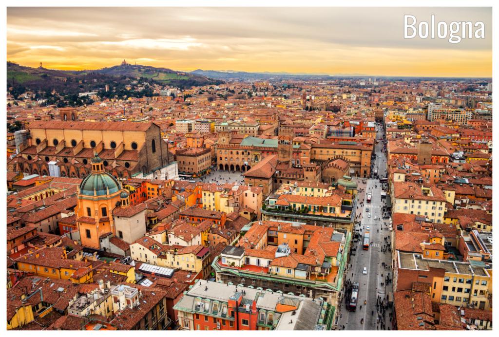 Vara in Bologna, Italia, 113 euro (zbor si cazare 4 nopti)